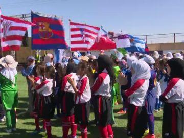 El fútbol, escapatoria para las niñas refugiadas en Jordania
