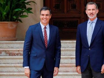 Pedro Sánchez con el Rey Felipe VI