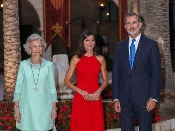 La Reina Sofía, Doña Letizia y Don Felipe