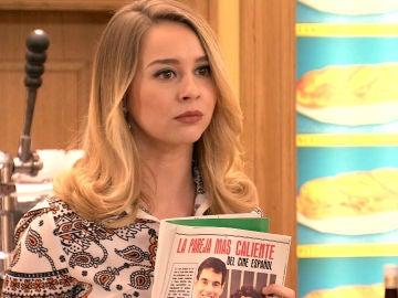 Luisita monta en cólera al ver el reportaje de Amelia y su supuesto novio