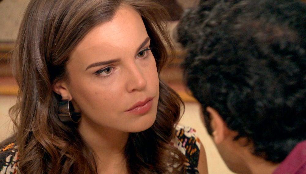 María le comunica a Ignacio su decisión sobre el embarazo
