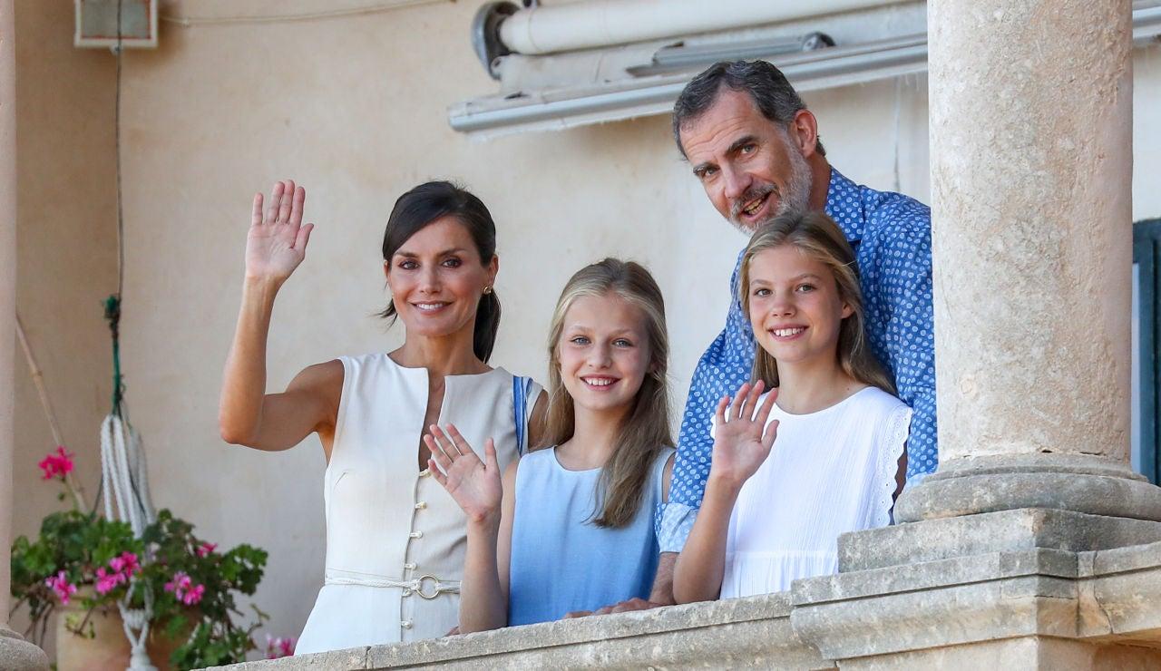 La Familia Real ha visitado muy aconjuntada el Museo Son Marroig en Mallorca