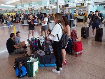 A3 Noticias de la Mañana (09-08-19) Los trabajadores de seguridad de El Prat mantienen la huelga