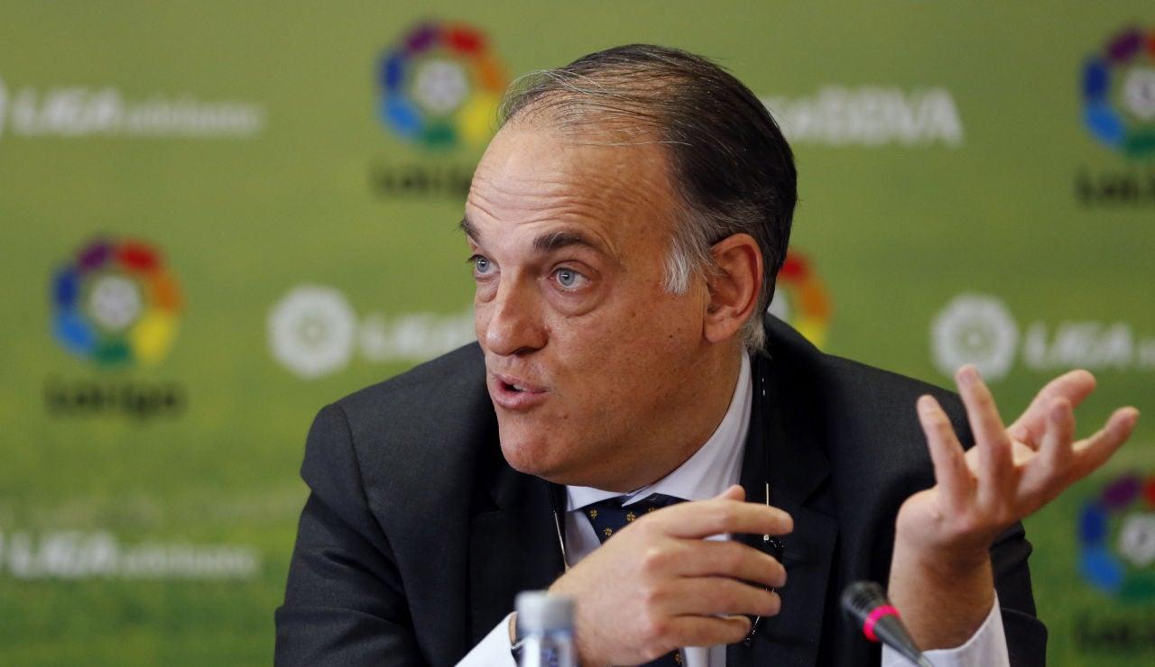 El presidente de la Liga, Javier Tebas, asegura que habrá partidos los lunes