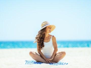 Mujer en playa