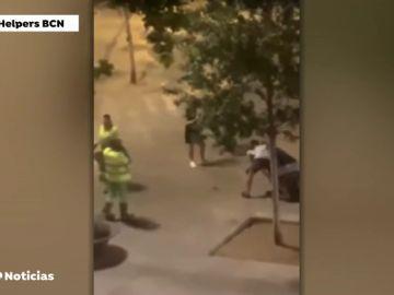 Varios turistas retienen a un ladrón tras el robo de un móvil