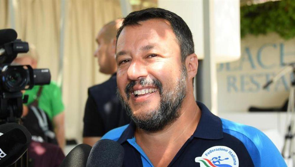 El ministro del Interior italiano y líder de la ultraderechista Liga, Matteo Salvini