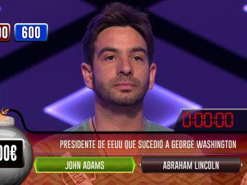 Julio sorprende a Juanra Bonet con una de las mejores bombas clasificatorias de la historia de '¡Boom!'