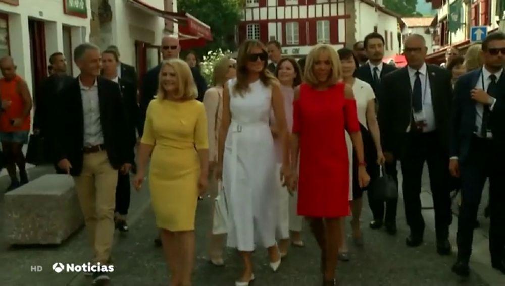 Brigitte Macron enseña a las mujeres de los líderes del G7 la cultura del País Vasco