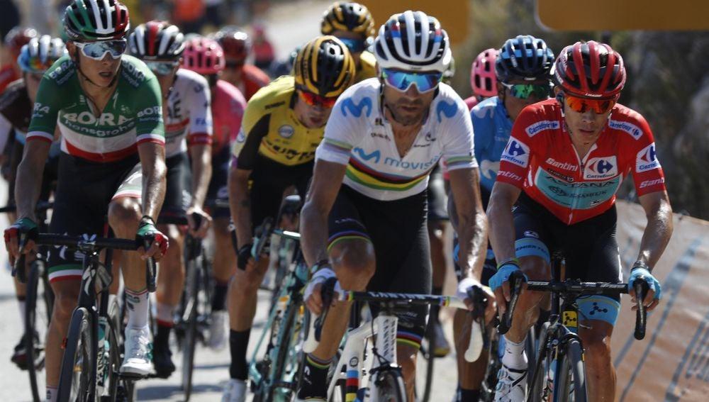 Ciclistas durante La Vuelta Ciclista a España 2019