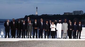 Foto de familia de los mandatarios en el G7 de Biarritz.