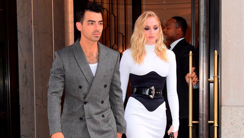 Joe Jonas y Sophie Turner a su llegada en los VMAs 2019