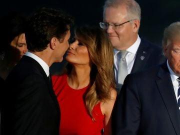 La viral foto de Melania y Trudeau en la cumbre del G7