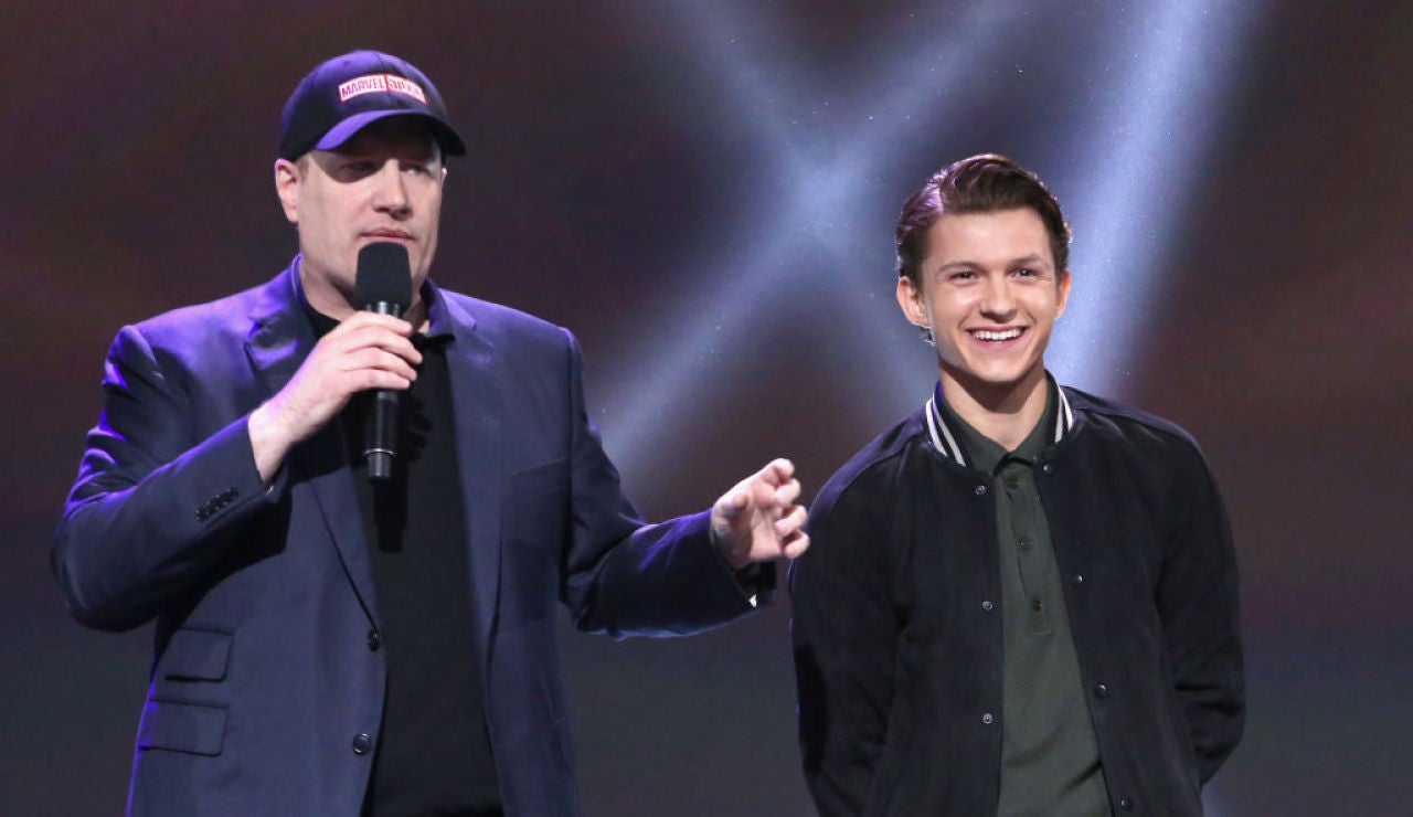 Kevin Feige junto a Tom Holland