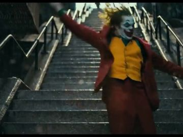 El baile de Joaquin Phoenix en el nuevo tráiler de Joker