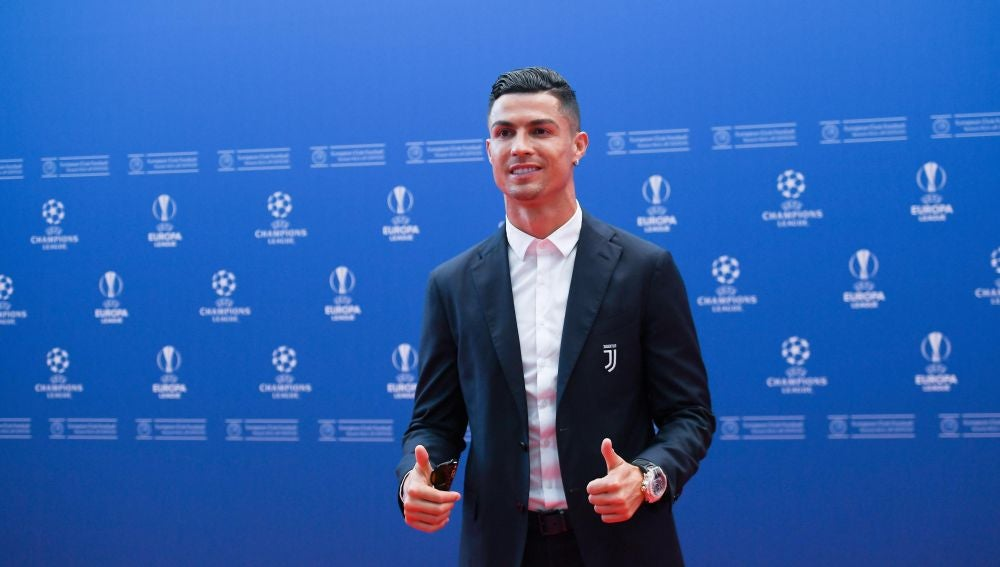 Cristiano Ronaldo durante el sorteo de la Champions