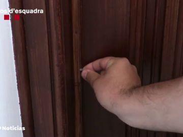 Así marcan los ladrones las casas para identificar cuáles están vacías