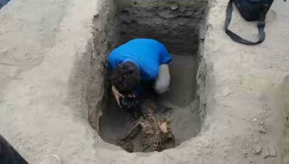 Centenares de tumbas en Perú