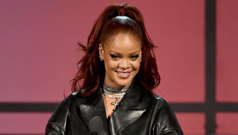 Rihanna en los BET Awards 2019