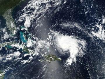 Trump declara el estado de emergencia en Florida a unas 72 horas de la llegada del huracán 'Dorian'