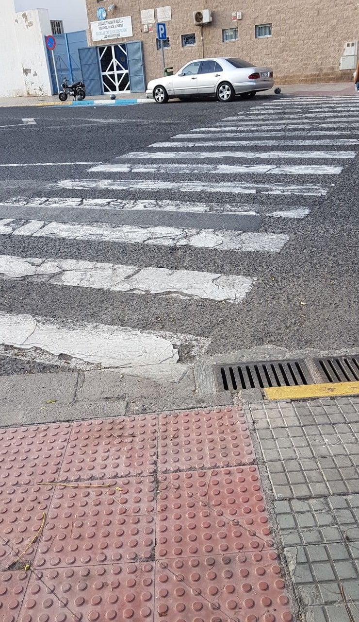Paso de peatones impracticable