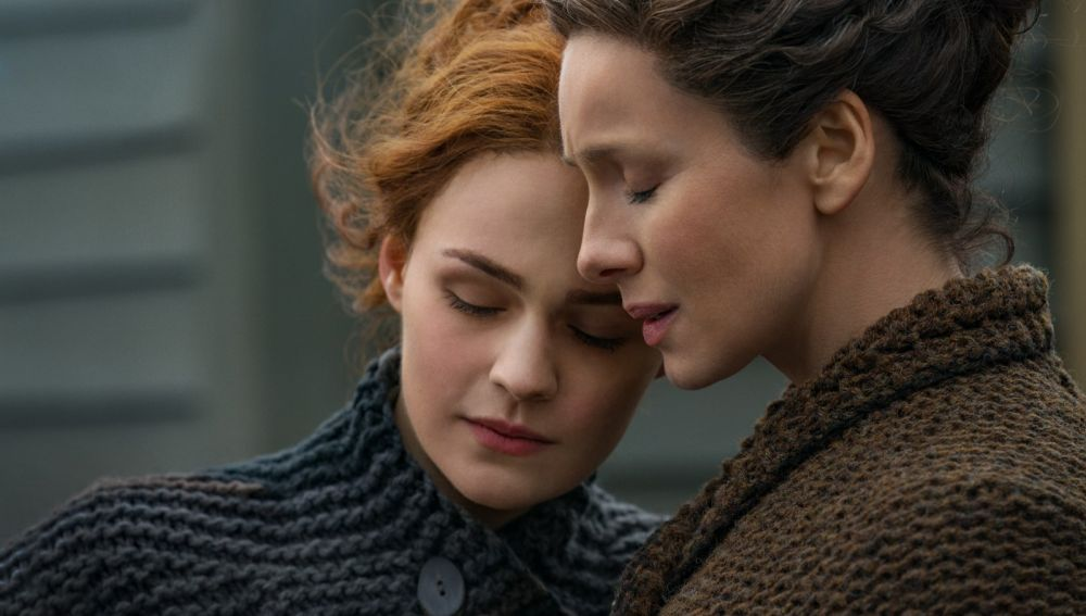 Sophie Skelton y Caitriona Balfe son Brianne y Claire en 'Outlander'