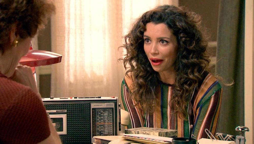 Amelia recibe una gran oferta de trabajo en París