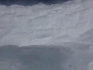 Así es un huracán categoría 5 desde un avión