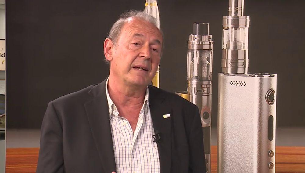 """El presidente de la Red Europea para el Fin del Tabaco: """"Al introducir el vapeador volvemos a tener el hábito de fumar"""""""