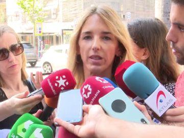 Cayetana Álvarez de Toledo critica la indefensión de Esperanza Aguirre