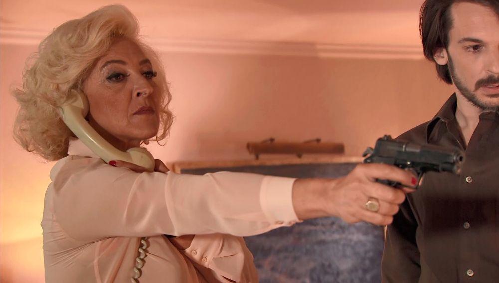 Ascensión dispara a Ana en Amar es para siempre