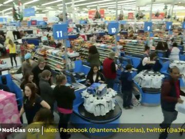 La empresa estadounidense Walmart modificará su política armamentística