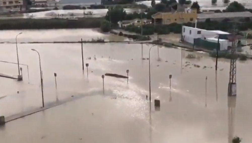 El pueblo alicantino de Dolores se encuentra sin luz ni agua