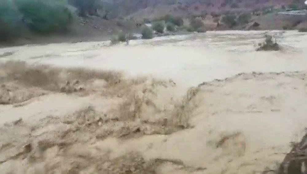 Algunos caminos vecinales cortados tras el desbordamiento del Río Campanillas en Málaga