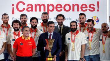 Sánchez con la Selección Española de Baloncesto