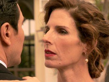 'Amar es para siempre': Julia trata de que Armando confiese