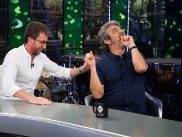 Pablo Motos 'felicita' a Ricardo Darín tras la victoria de España sobre Argentina en el Mundial de baloncesto