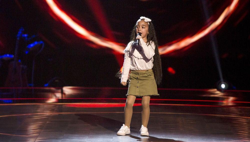 Manuela Gómez canta 'Aún no te has ido' en las Audiciones a ciegas de 'La Voz Kids'