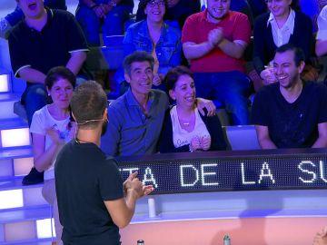 La peculiar risa de una espectadora que sorprende a Jorge Fernández en 'La ruleta de la suerte'