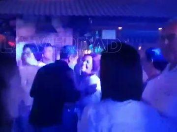 Graban a la alcaldesa de Cartagena en un bar de copas durante la crisis por la gota fría en Murcia