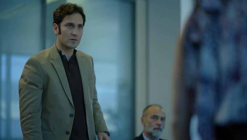 Álex Gadea es Mateo Medina en 'Toy boy'