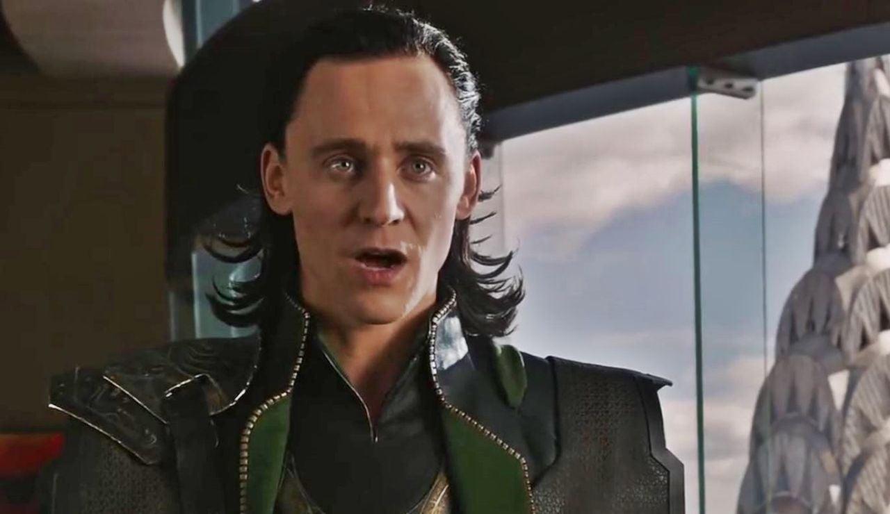 Tom Hiddleston como Loki en Vengadores