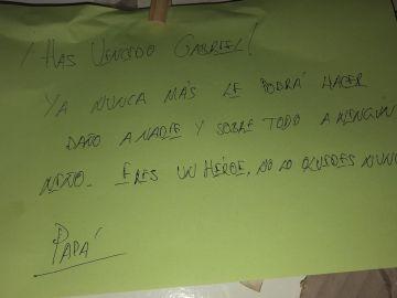 Uno de los mensajes que han escrito los padres de Gabriel Cruz