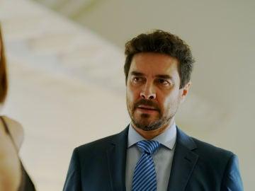 José Manuel Seda es Borja Medina en 'Toy boy'