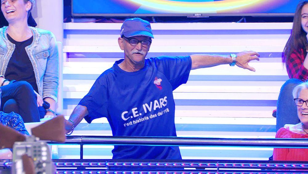 """""""Cuidado con la prótesis de cadera"""", la broma de Arturo Valls al bailarín del día en '¡Ahora caigo!'"""