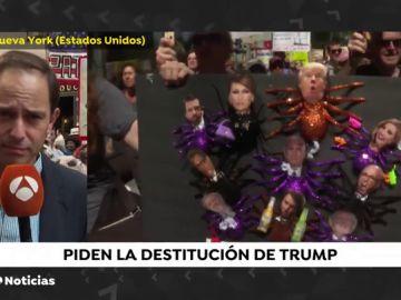 Miles de personas piden la destitución de Donald Trump en decenas de ciudades estadounidenses
