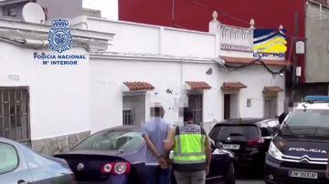 Detienen en Algeciras a un terrorista de Daesh con documentos sobre cómo atentar