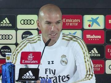 """Zidane, sobre los rumores de Mourinho: """"Ni me molesta ni no, la situación es esta"""""""