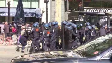 Al menos 163 de detenidos durante las protestas de los 'chalecos amarillos' en París