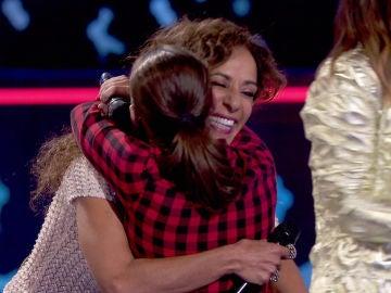 Rosario Flores suma la voz flamenca de Lidia España a su equipo